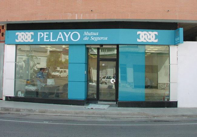 Locales y oficinas gaas estudio de arquitectura en for Oficinas pelayo barcelona